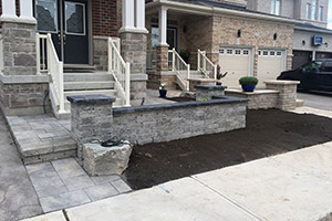 Interloc Retaining Wall Installation - Project