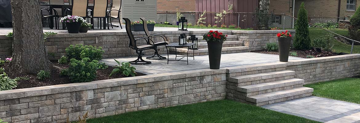 Stone Retaining Wall Installation in Mississauga